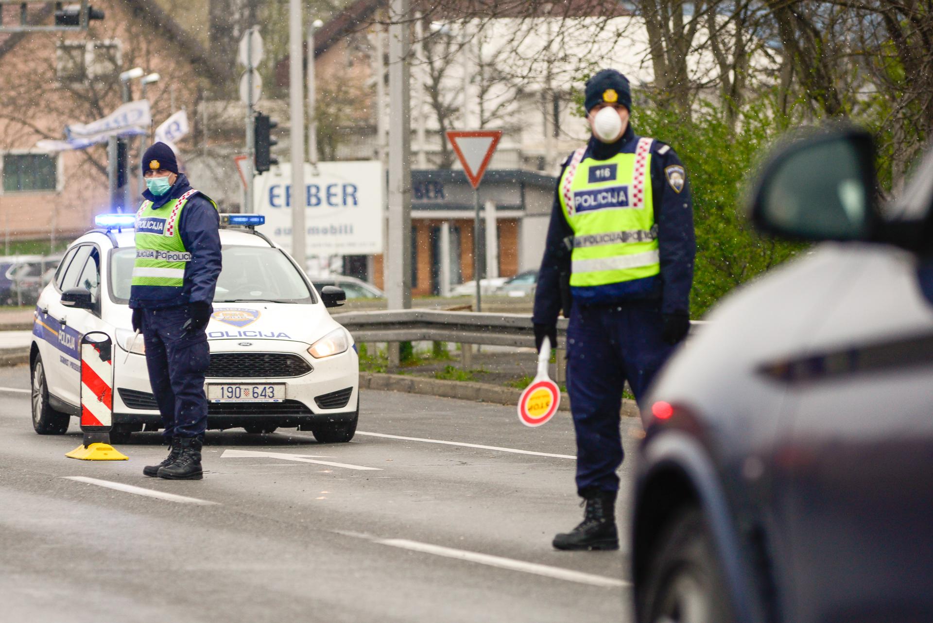 Policija u kontroli prometa